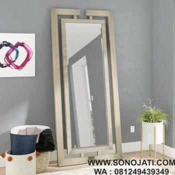 Cermin Dinding Persegi Panjang