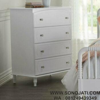 Rak Pakaian Bayi Putih Rowan Valley